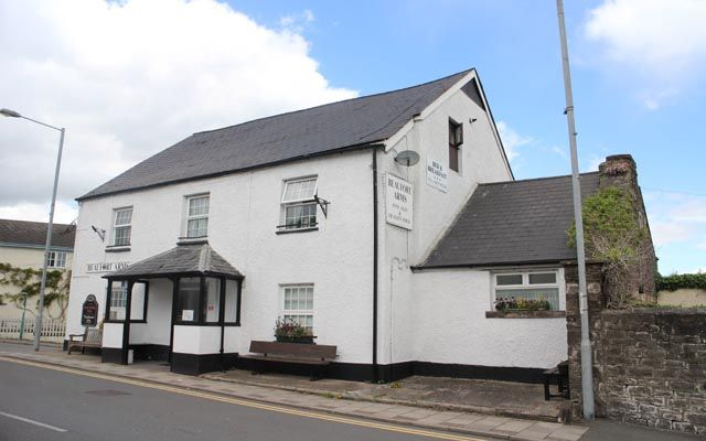 Thumbnail Pub/bar for sale in Monmouthshire Canalside Village Public House NP7, Monmouthshire