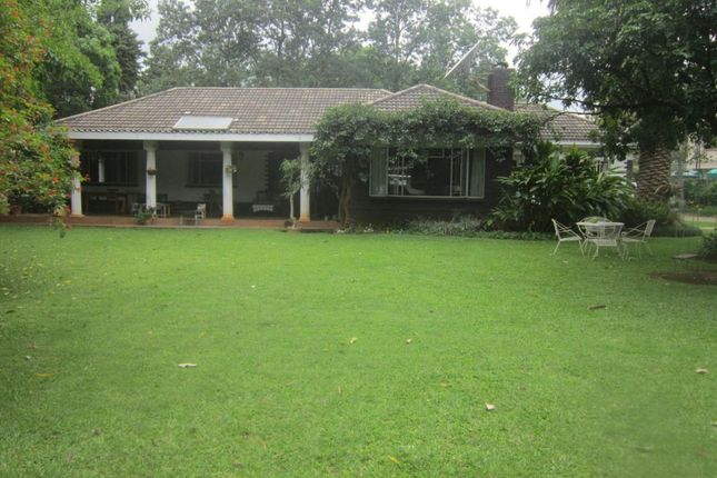Thumbnail Detached house for sale in Hiller Rd, Harare, Zimbabwe