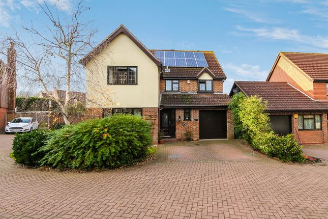 Thumbnail Detached house for sale in Barley Close, Langdon Hills, Basildon