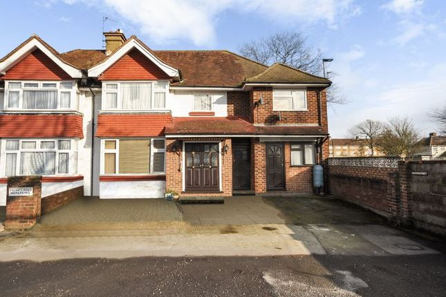 Thumbnail Semi-detached house for sale in Lafone Avenue, Feltham