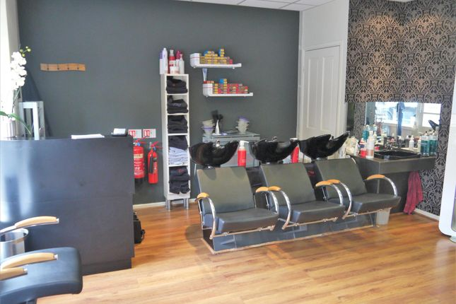 Photo 0 of Hair Salons DN16, North Lincolnshire