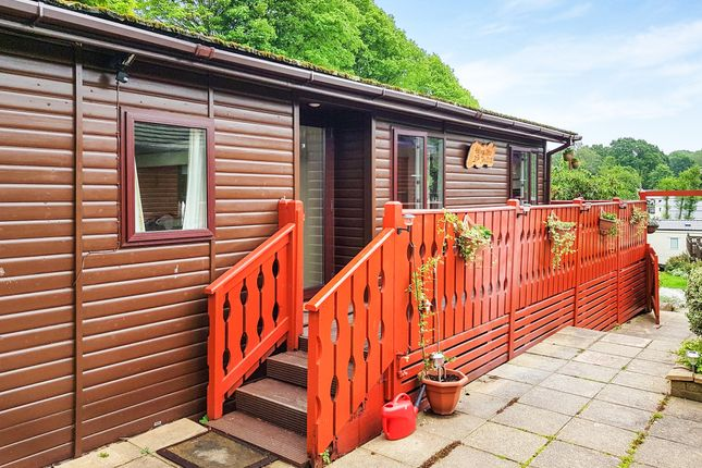 Thumbnail Mobile/park home for sale in Ivyhouse Lane, Hastings