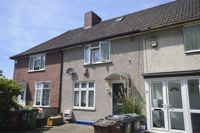 3 bed terraced house to rent in Porters Avenue, Dagenham, Essex
