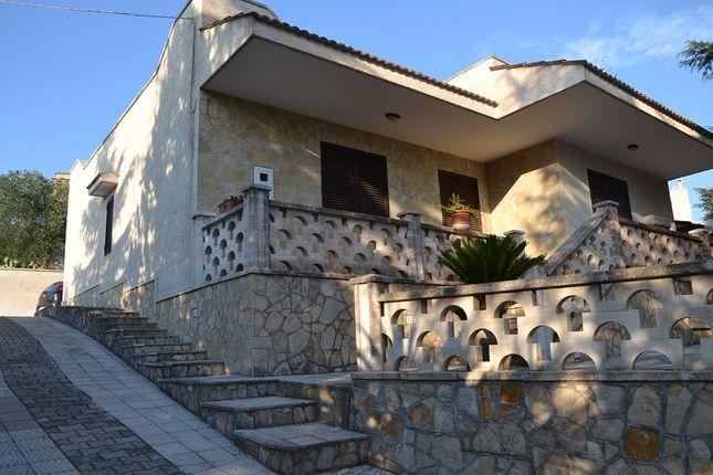 3 bed villa for sale in Monte Cipolla, Monopoli, Bari, Puglia, Italy