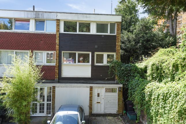 End terrace house for sale in Sylvan Hill, London
