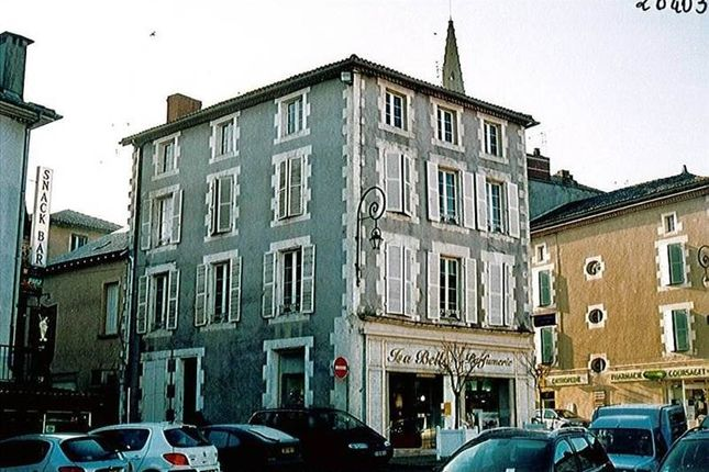 Thumbnail Block of flats for sale in 16500, Confolens, Fr