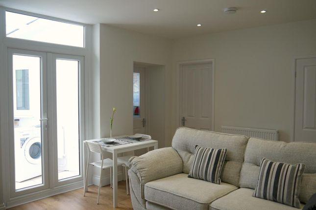 Thumbnail Flat to rent in Westbury Street, Swansea