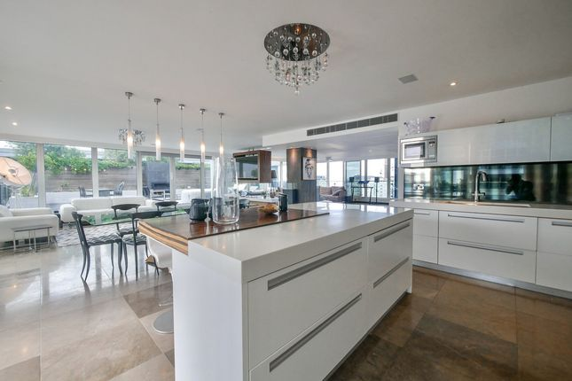 3 bed penthouse for sale in Thames Point The Boulevard Imperial Wharf, London SW6