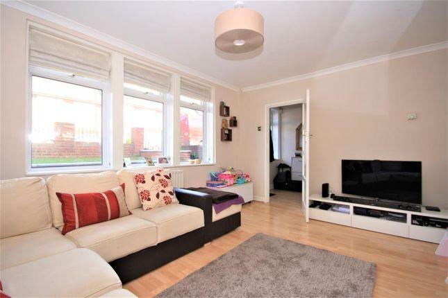 Thumbnail Property to rent in Dursley Road, Blackheath