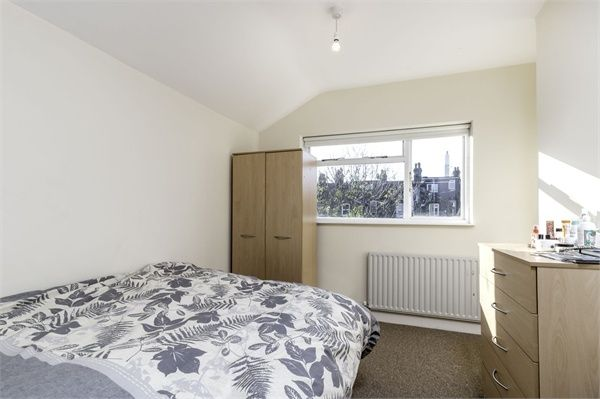 Thumbnail Terraced house to rent in Hicks Street, London
