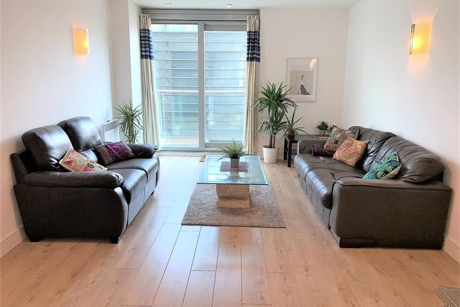 Thumbnail Flat to rent in Great Northern Tower, 1 Watson Street, Manchester