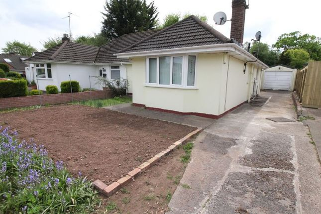 Thumbnail Bungalow to rent in Hampton Crescent, Cardiff