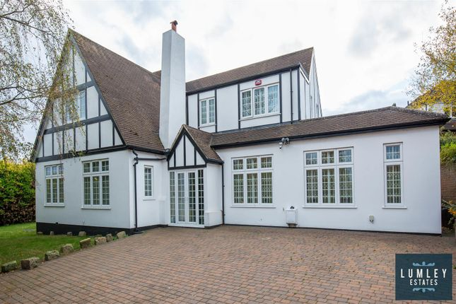 Thumbnail Property for sale in East View, High Barnet, Barnet