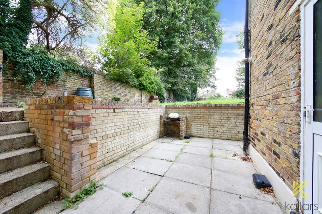 Thumbnail Flat to rent in Northbrook Road, Lewisham, London