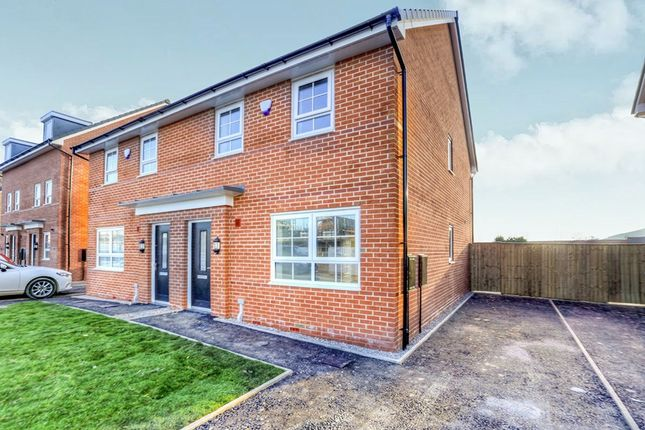 3 bed semi-detached house to rent in Sgt Mark Stansfield Way, Hyde SK14