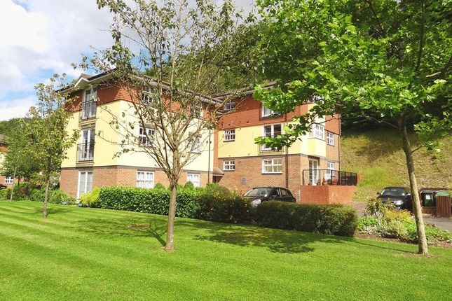Thumbnail Flat to rent in Hazel Way, Chipstead, Coulsdon