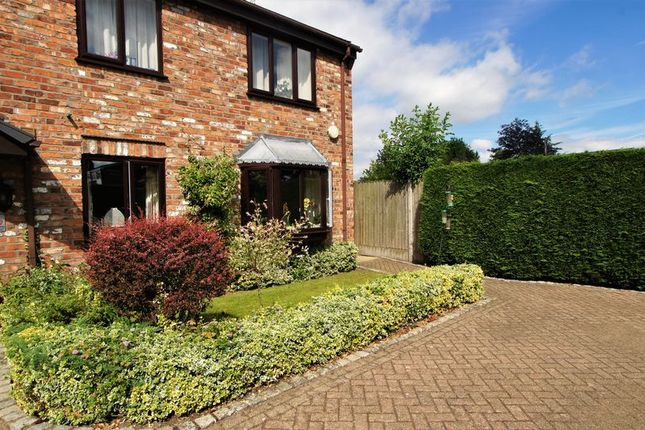 Thumbnail Property for sale in Sandringham Court, London Road, Holmes Chapel, Crewe