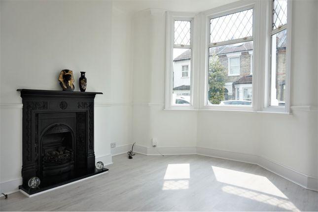 Living Room of Dunkeld Road, South Norwood SE25