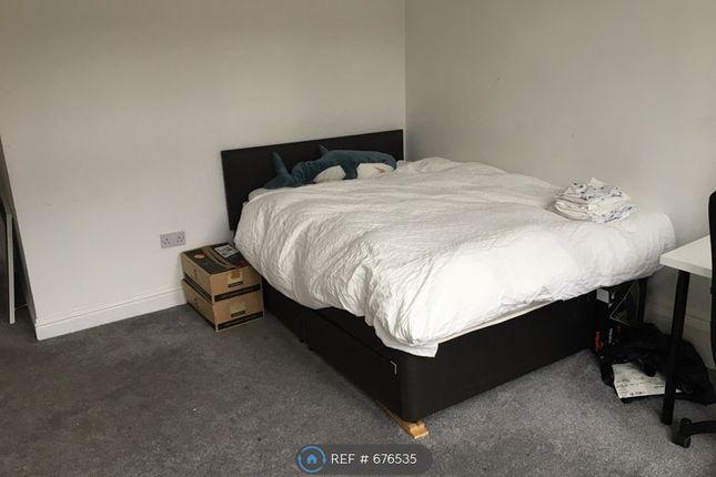 Bedroom 3 of Gibson Street, Glasgow G12