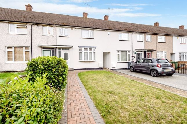 Thumbnail Terraced house for sale in Araglen Avenue, South Ockendon