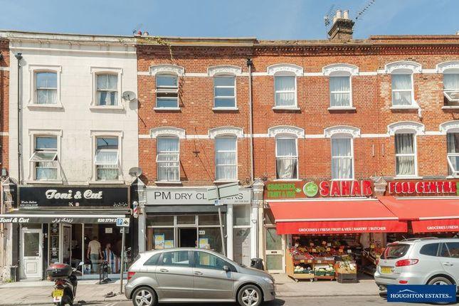 Thumbnail Flat to rent in Brondesbury Mews, Willesden Lane, London