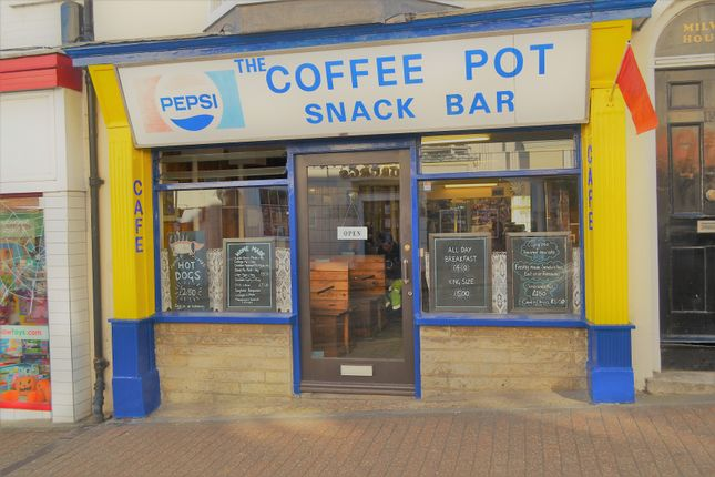 Thumbnail Restaurant/cafe for sale in Union Street, Ryde