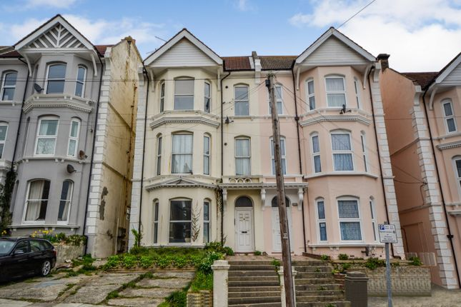 Flat for sale in Priory Avenue, Hastings