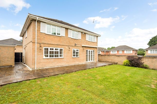 Thumbnail Detached house to rent in Leavesden Road, Stanmore
