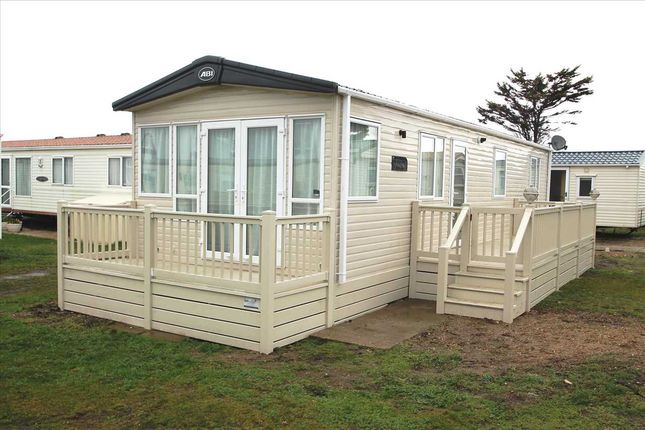Main Picture of Carr Road, Felixstowe IP11