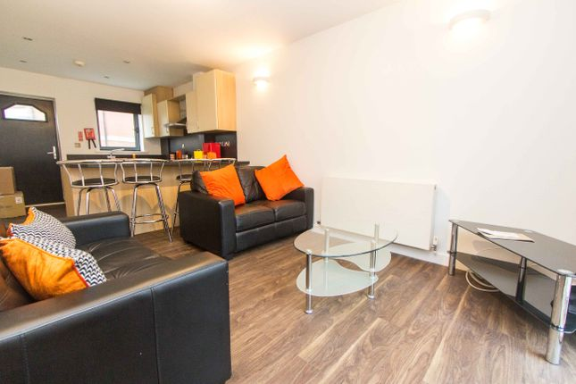 Thumbnail Property to rent in The Mews, 561 Meanwood Road, Far Headingley