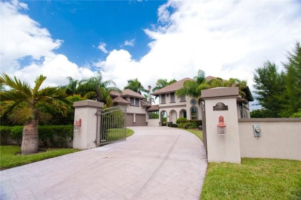 4 bed property for sale in Grapling Close, Fortune Bay, Grand Bahama, Bahamas