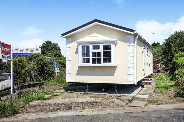 Thumbnail Mobile/park home for sale in Dukesmead Mobile Home Park, Werrington, Peterborough