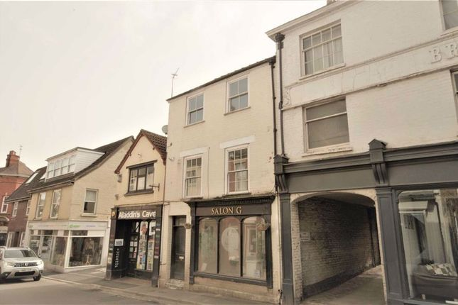 2 bed flat to rent in Silver Street, Dursley GL11