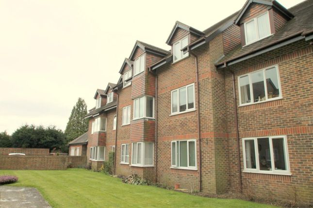 Thumbnail Flat to rent in Forest Lodge, Portland Road, East Grinstead