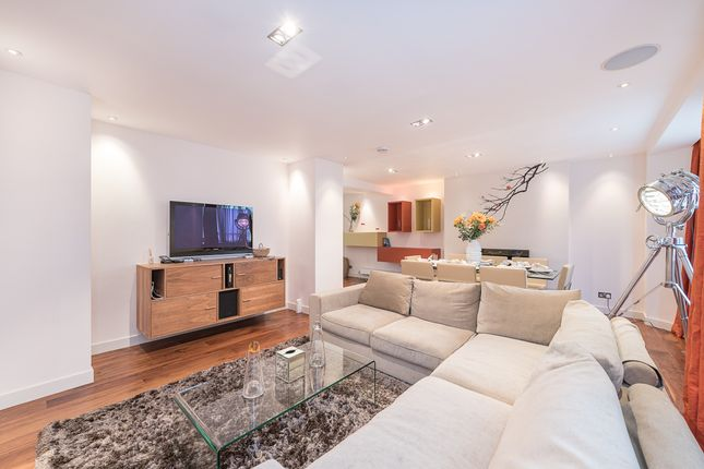 2 bed flat for sale in Montagu Street, London