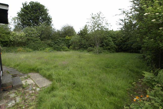 Garden of Berrywell Bungalow, Kirkwood Bridge, Springvale S36