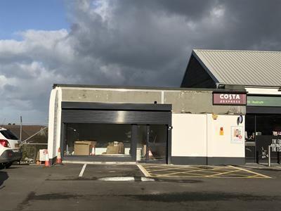 Thumbnail Retail premises to let in Unit 1, Maynes Garage, Barncoose Terrace, Illogan Highway, Redruth, Cornwall
