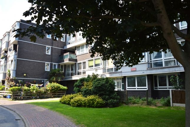 Thumbnail Duplex to rent in Rolls Road, Bermondsey