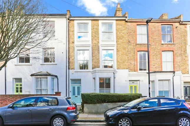 Main Picture of Hargrave Road, London N19
