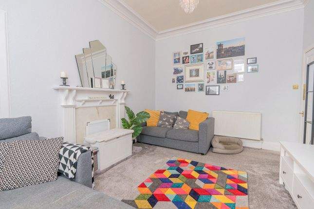 Lounge Alt of Iona Street, Edinburgh EH6