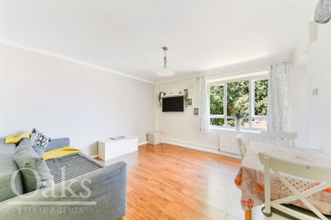 Flat for sale in Leigham Court Road, London