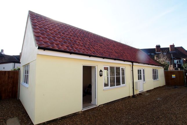 Thumbnail Commercial property to let in Back Lane, Wymondham