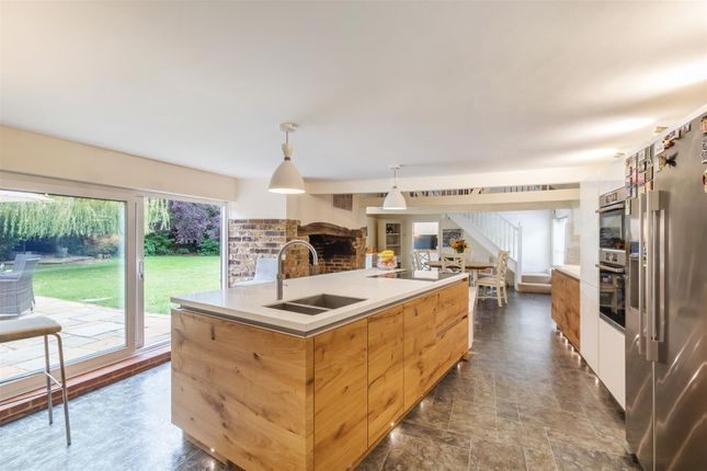 Thumbnail Semi-detached house for sale in Hyde Street, Upper Beeding, Steyning