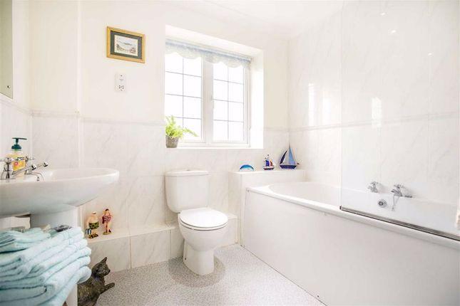 Family Bathroom of Hill Field Croft, Cabus, Preston PR3