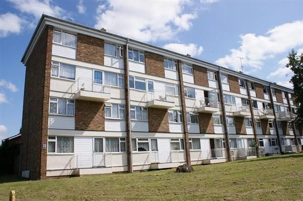 Thumbnail Maisonette for sale in Bramwoods Road, Chelmsford