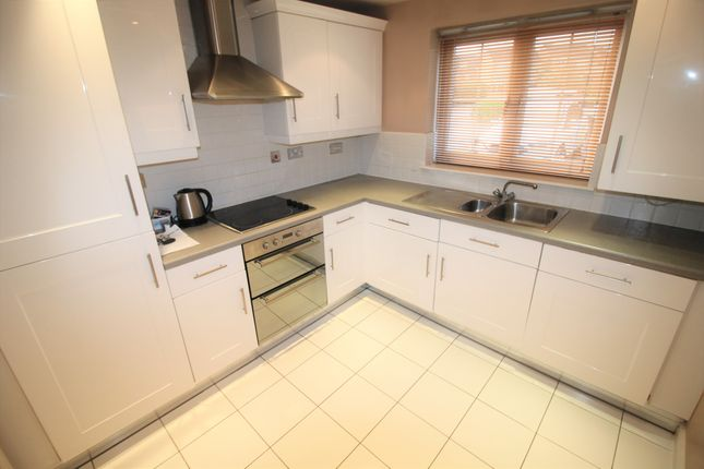 Thumbnail Flat to rent in Cavalier Court, Woodfield Plantation, Doncaster