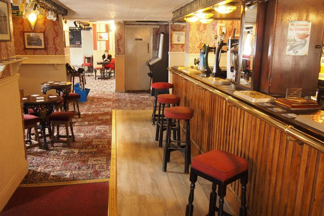Thumbnail Pub/bar for sale in Licenced Trade, Pubs & Clubs WF1, West Yorkshire