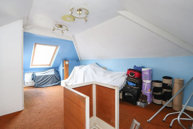 Attic Room of Derbyshire Lane, Sheffield S8