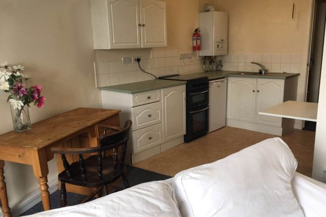 Thumbnail Flat to rent in Flat 8, Corner House, Harford Square, Lampeter