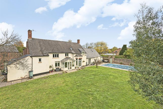 Thumbnail Detached house for sale in Dyers Lane, Bathpool, Taunton